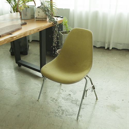 [허먼밀러] 임스체어 페브릭 eames fiberglass shell chair(yellow)